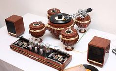 https://www.facebook.com/likecoolpage/photos A Working Lego Record Player