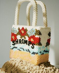 Types Of Purses, Types Of Bag, Beaded Purses, Beaded Bags, Pearl Crafts, Handmade Fabric Bags, Round Bag, Work Bags, Craft Bags