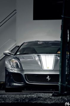 #Ferrari - LadyLuxury