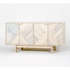kimidori 45° Sideboard. Farbe Weiß. #kimidori45 #pallet #furniture #upcycling #palettenmoebel #Sideboard #Schrank #Kasten www.kimidori.de