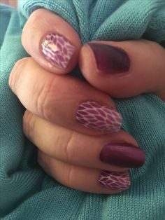 Jamberry Ombre Lotus wrap paired with Jammin lacquer and Trushine gel over the top.