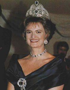 Princess Gloria in the Thurn und Taxis sapphire parure, circa 1997
