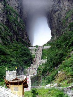 Tianmen mountain - Zhangjiajie , Hunan Province , China | Synotrip