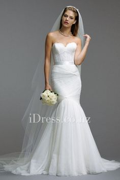 mermaid strapless sweetheart wedding dress with shirred skirt from idress.co.nz