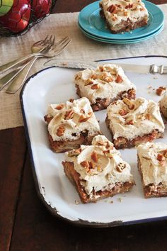 The Best Super Bowl Desserts for Your Party: Fresh Apple Cake Thanksgiving Desserts, Fall Desserts, Just Desserts, Dessert Recipes, Delicious Desserts, Southern Desserts, Potluck Desserts, Frosting Recipes, Dessert Ideas