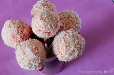 raw, vegan strawberry cheesecake cake pops.