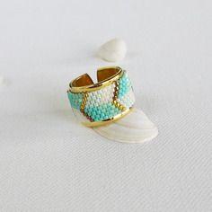 Fête des mères bague perles miyuki vert d'eau or tissage peyote