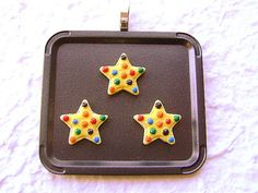 Cute Food Pendant  StarCookies by SouZouCreations on Etsy, $10.00 ~ I *need* this to wear to the Christmas cookie party! :)