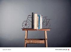 Bicis y libros // Bicicletas // El Álbum rojo // MMT Photography & graphics