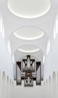 19 – Igreja de Saint Moritz Localização: Augsburg, Alemanha Ano: 2013 Arquiteto: John Pawson