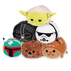 Star Wars Medium ''Tsum Tsum'' Plush Collection | Disney Store You'll go into hyperdrive as our Star Wars Medium ''Tsum Tsum'' Plush Collection enters your galaxy! Darth Vader, Boba Fett, Stormtrooper, Ewok, Chewbacca and Yoda transform into stackable sweethearts as they make themselves at home on your ship.