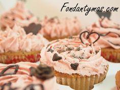 Cupcakes de Chocolate y Fresa para San Valentin