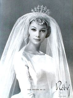 L'Art et la Mode September 1960  Rébé Wedding Dress, photo Sam Levin