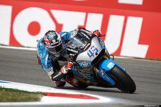 MotoGP Assen 2015 | Circuitpics.nl, je eigen circuitfoto's voor een scherpe prijs! Motogp, Circuit, Cool Pictures, Projects, Log Projects, Blue Prints