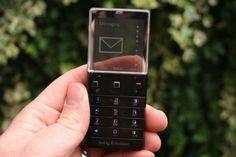 通話専用としてほしいなぁ (via Amazon.co.jp: 【Sony Ericsson】日本でも使用可能! SIMフリー 海外携帯電話 XPERIA Pureness X5 【WCDMA・GSM対応】: 家電・カメラ)