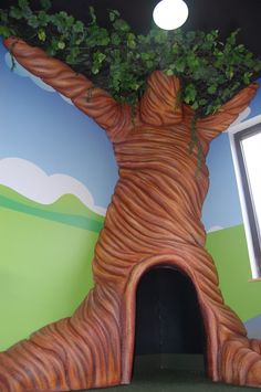 Rent a tree or make a tree for story time at a Winni the Pooh Themed Party - Hon. Rent a tree or m Preschool Playground, Preschool Rooms, Indoor Playground, Winnie The Pooh Themes, Winnie The Pooh Friends, Indoor Playroom, Tree Bedroom, Safari Bedroom, 100 Acre Wood