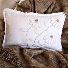 Felt Pillow #heirloomheaven