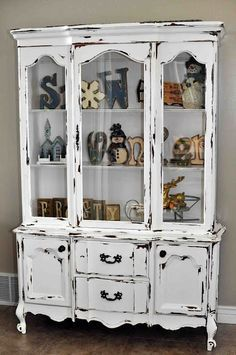 Distressed white hutch re-do. Too much for my taste Distressed Hutch, Distressed Furniture, Refurbished Furniture, Paint Furniture, Repurposed Furniture, Furniture Makeover, Furniture Ideas, Shabby Chic Antiques, Shabby Chic Homes