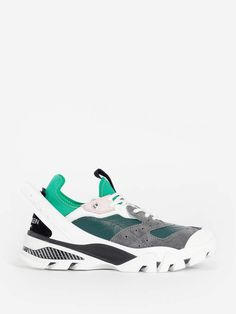 Calvin Klein Sneakers Green Fashion, Shopping Spree, Green Style, Balenciaga, Givenchy, Valentino, Woman Shoes, Balmain, Calvin Klein