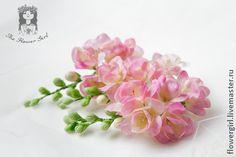 Веточки розовой фрезии - бледно-розовый,невеста,прическа невесты,флористика