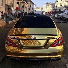 Rich Kids Spotted   Image / Video  #richkidsalbania #richkidsofinstagram #rich #lux #luxury #luxurylife #luxurylifestyle #love #tirana #durres #albania #vip #famous #boss #life #lifestyle #lifestyleblogger #blogger #bloggers #car #cars #money #millionaire #billionaire #mercedesbenz