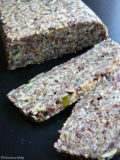 Delicious blog: Semínkový chléb Delicious Blog, Bread Bar, Bread And Pastries, Banana Bread, Meal Prep, Clean Eating, Paleo, Low Carb, Healthy Recipes