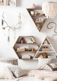 Dwell Beautiful shares how to get the gorgeous modern bohemian bedroom look in your home Scroll through the bedroom inspiration and tips for ideas Decorating Tips, Interior Decorating, Interior Design, Inside Design, Do It Yourself Home, Retro, Own Home, Floating Shelves, Floating Nightstand