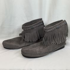 Minnetonka Shoes - Suede Fringe Minnetonka Moccasins
