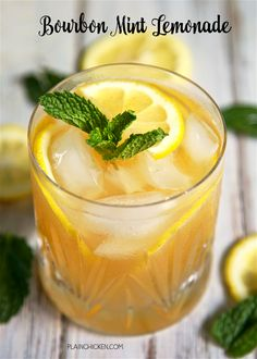 Bourbon Mint Lemonade - our Signature Summer Cocktail! Only 3 ingredients - bourbon, mint and Simply Lemonade. So light and refreshing! Mix up a pitcher for your next summer BBQ and tailgating this fall! Bourbon Cocktails, Cocktail Recipes, Drink Recipes, Bourbon Recipes, Cocktail Ideas, Whiskey Drinks, Alcohol Recipes, Bourbon Whiskey, Lemon Recipes