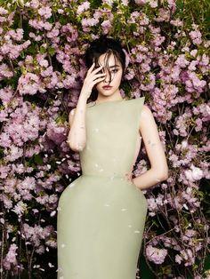 Zhang Jingna (Zemotion) - Kwak Ji Young for Phuong My SS 2014 in 'FlowersBloom'