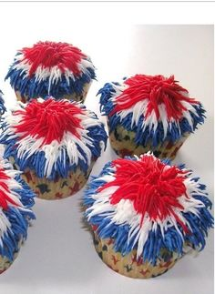 Firecracker Cupcakes for the 4th of July!