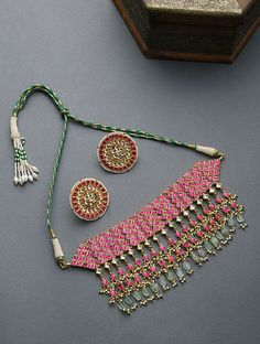 Indian Jewelry Earrings, Indian Jewelry Sets, Jewelry Design Earrings, Necklace Designs, Wedding Jewelry, Pink Earrings, Jewelery, Stud Earrings, Antique Jewellery Designs