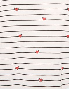 T-SHIRT WITH AN ALL-OVER HEART PRINT - T-SHIRTS - WOMAN - PULL&BEAR United Kingdom