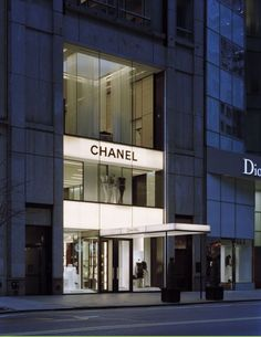 Chanel store, street, new york, designed by peter marino. Retail Facade, Retail Architecture, Chanel Boutique, Luxury Store, Building Facade, Retail Shop, New York Travel, Retail Design, Store Design