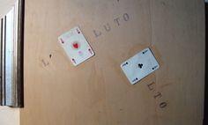 Arrigo Lora Totino, L'assoluto assolto, opera del 1982. Per info sulla mostra: http://www.yvonneartecontemporanea.com/mostre/1667