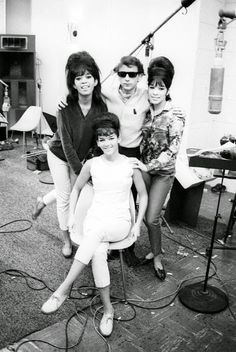 """Phil & Ronnie Spector & The Ronettes - no matter what you think of him, you can't deny the power of the """"Wall of Sound"""" he created. The Ronettes, Blue Soul, Rock And Roll History, Make Mine Music, Ronnie Spector, Wall Of Sound, American Bandstand, Soul Jazz, Vintage Black Glamour"""