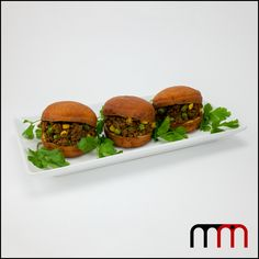 120 Namibia – Vetkoek with Curried Mince – Marty Made It World Recipes, Home Recipes, Cooking Recipes, Curry Recipes, Meals For One, Salmon Burgers, Uganda, Sliders, Vegetables
