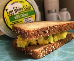 Easyyyy delicious dinner! I really like egg salad, and @traderjoesfood knocked it out of the park with their egg white salad! I added a bit more mustard and a @thelaughingcowusa white cheddar wedge for extra creaminess and put it in some whole grain toasted bread!😋😋 #fitspo #fitfam #fitness #selflove #eatliftlive äggsallad byolsen MyRecipe wanties