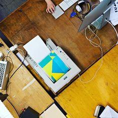 #office from above . . . . . . . #design #studio #interior #interiordesign #desk #workplace #dortmund #ruhrpott #picoftheday