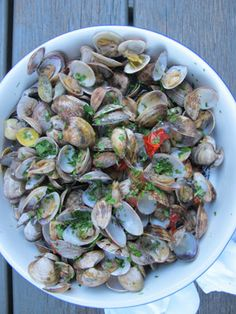love clams?  love pizza? why not people... this recipe from goop is basically making clams and then putting them with some cheese on pizza dough!  good for summer....and if gp can eat it, you can too... come on.