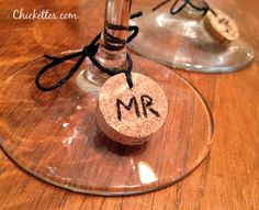 Chickettes.com:  Easy homemade wine charms from corks