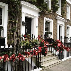"""Borderline tacky #LondonWreaths """