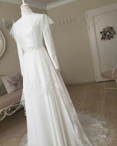 Wedding Abaya, Muslim Wedding Gown, Wedding Hijab Styles, Muslimah Wedding Dress, Muslim Wedding Dresses, Bridal Dresses, Wedding Gowns, Bridal Hijab, Bridesmaid Dress Styles