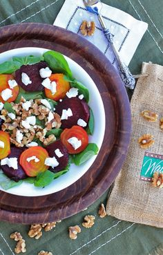 This Roasted Beet Salad w/ Goat Cheese and Toasted Walnuts is healthy, delicious, & so easy to make! The recipe is gluten free, vegetarian, and grain free. Salad Recipes Gluten Free, Salad Recipes For Dinner, Fodmap Recipes, Healthy Salad Recipes, Diet Recipes, Recipies, Clean Eating Salads, Healthy Eating, Roasted Beet Salad