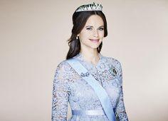 Jüngst veröffentlichte das schwedische Königshaus dieses bezaubernde Foto von Sofia mit Diadem. Aufgenommen wurde es im Dezember 2015 beim Nobelpreis-Bankett in Stockholm.
