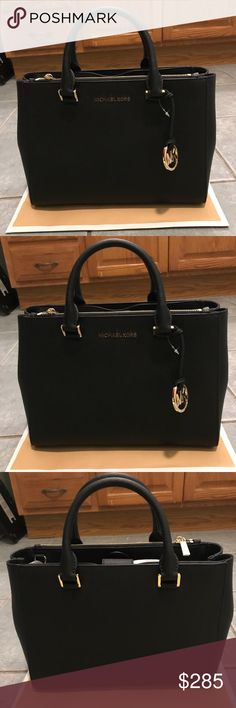 Michael Kors Purse NWT MICHAEL MICHAEL KORS SAFFIANO LEATHER SUSANNAH LARGE TOTE/SHOULDER BAG IN BLACK/GOLD RETAIL $398.00 100% AUTHENTIC, NEW WITH TAG, & COME WITH CARE CARD Michael Kors Bags Shoulder Bags