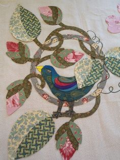 Esther's Blog: Hearts Desire Block 2: Sing Me A Song Bird Applique, Applique Fabric, Embroidery Applique, Colorful Quilts, Small Quilts, Mini Quilts, Quilt Patterns Free, Applique Patterns, Bird Quilt