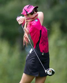 How ... supple. Paula Creamer, Canadian Women's Open, August 26, 2011. Mirabel, Quebec, never looked so lovely...