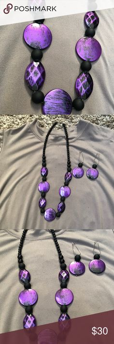 🆕 Listing - Handmade Necklace + Earring set ❌No trades  - ❌ ALL sales are final 💗Be courteous no low balls 💌Reasonable offers accepted 📦 Ships out same day or next - depending what time of day you ordered ⬇️Have a question? Leave a comment 😀  Product Info📝 🔗Color: Black/Purple 🔗Size: One size Jewelry Necklaces