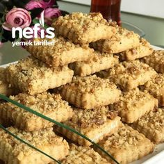 When you can't decide which delicious dessert to m Small Desserts, Desserts To Make, Delicious Desserts, Yummy Food, Turkish Recipes, Ethnic Recipes, Tiramisu Dessert, Dinner Recipes, Dessert Recipes